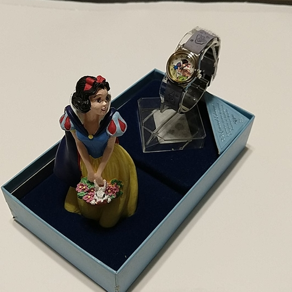 Disney snow white figurine & timex watch